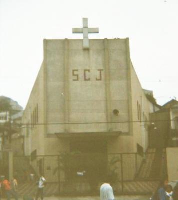 Fachada da igreja em 1993